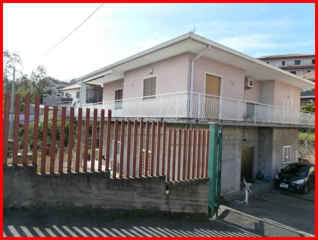 Villa in Vendita a Misterbianco