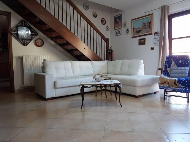 Appartamento in affitto a Nichelino, 5 locali, prezzo € 700 | Cambio Casa.it