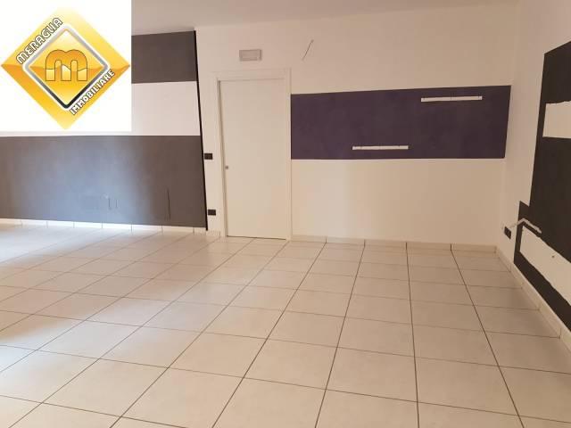 Appartamento in ottime condizioni in vendita Rif. 4880001