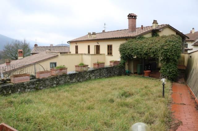 Rustico / Casale in ottime condizioni parzialmente arredato in vendita Rif. 4256917