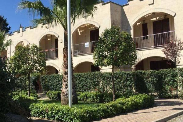 Villa a schiera quadrilocale in vendita a Castellaneta (TA)