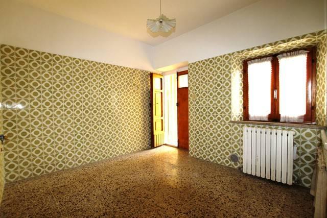 Casa Indipendente in buone condizioni parzialmente arredato in vendita Rif. 4599410