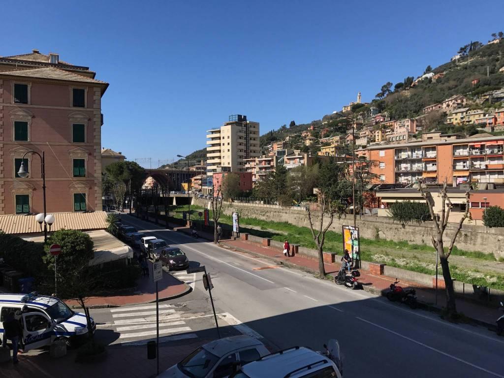 Appartamento in vendita a Recco, 3 locali, prezzo € 135.000 | CambioCasa.it