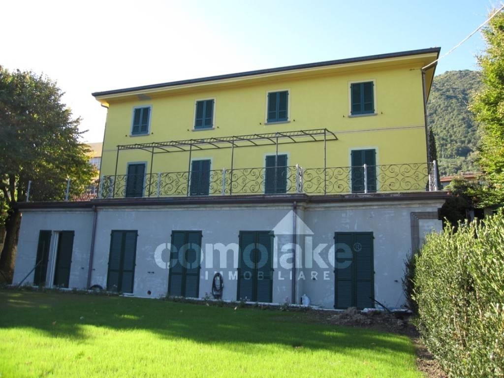 Appartamento in vendita a Tremezzina, 4 locali, prezzo € 250.000 | CambioCasa.it