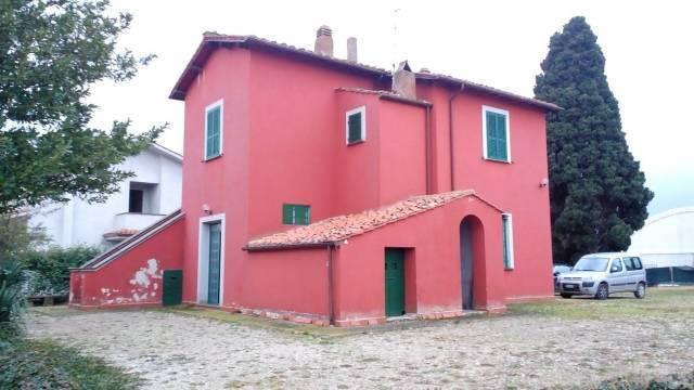 Rustico / Casale in Vendita a Civita Castellana