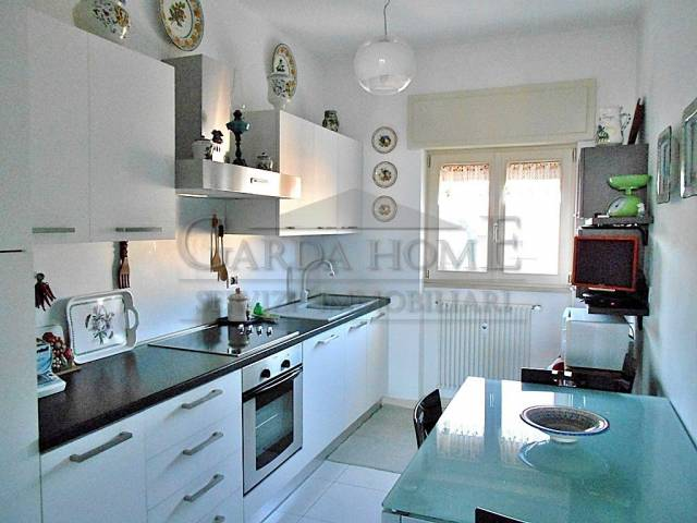Appartamento in ottime condizioni arredato in vendita Rif. 5085088