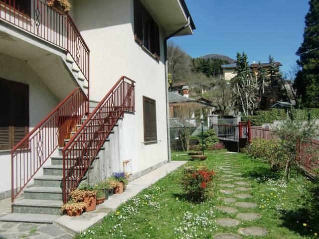 Appartamento in vendita a Asso, 3 locali, prezzo € 98.000 | Cambio Casa.it
