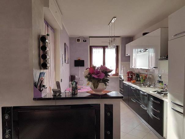 Appartamento in ottime condizioni in vendita Rif. 7227662