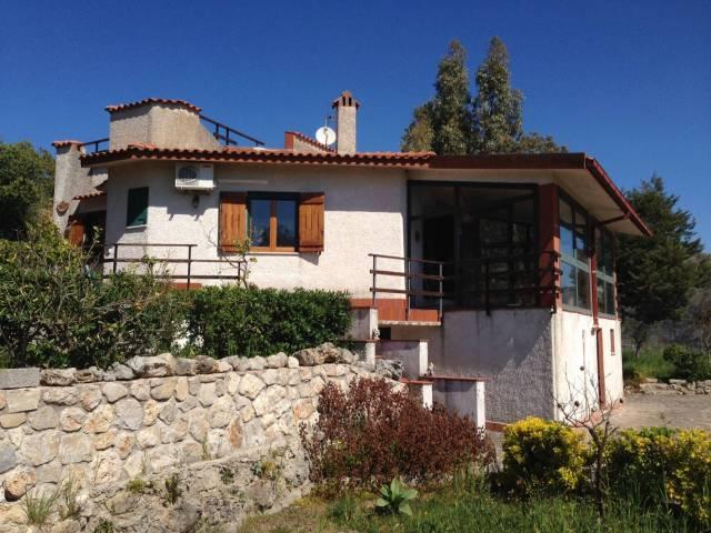 Villa in buone condizioni arredato in vendita Rif. 4359226