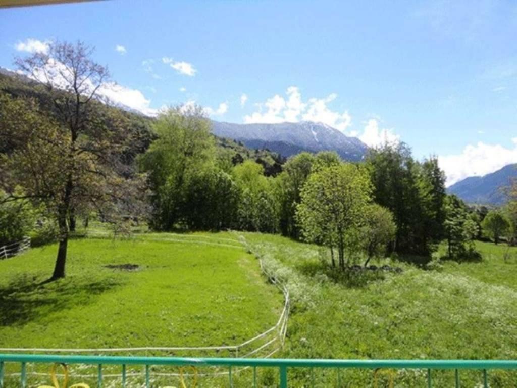 Morgex - Villair: soleggiato quadrilocale vista Monte Bianco e Grivola, 3 balconi