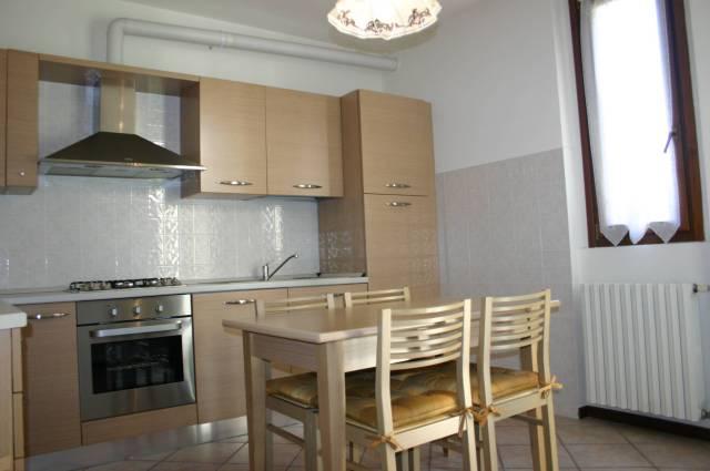 Villa in vendita a Barzanò, 5 locali, prezzo € 375.000 | Cambio Casa.it
