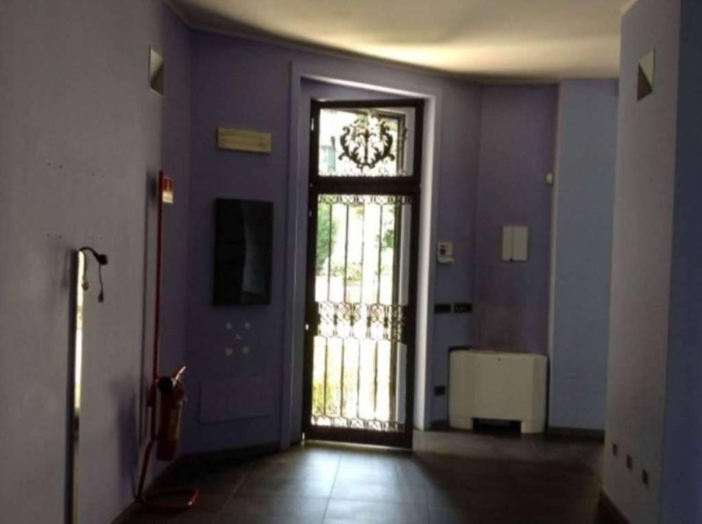 Ufficio / Studio in affitto a Varese, 6 locali, prezzo € 5.000 | PortaleAgenzieImmobiliari.it