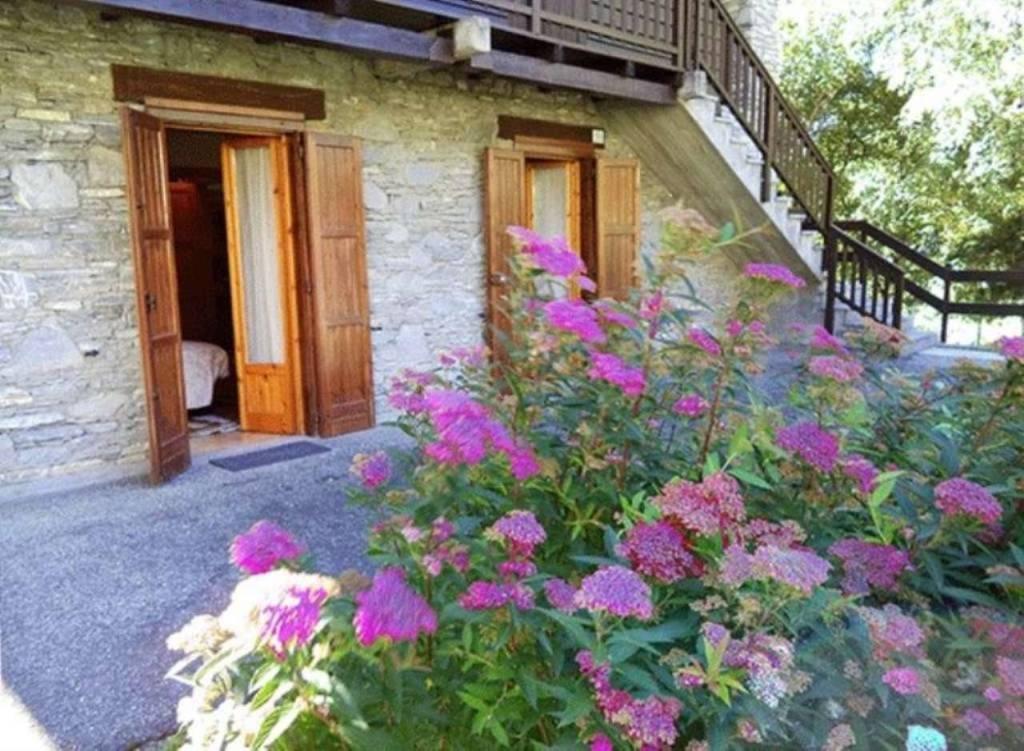 La Salle Croix des Prés: bilocale con giardino e box