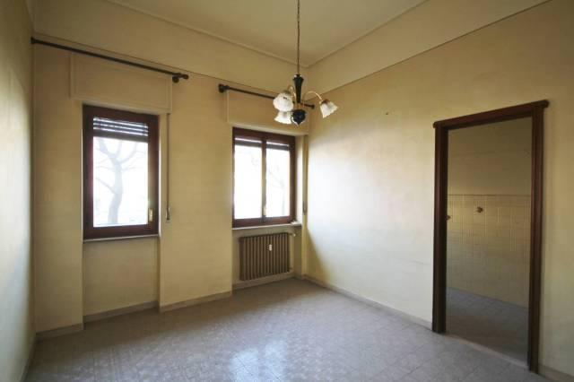 Appartamento in buone condizioni in affitto Rif. 4813459