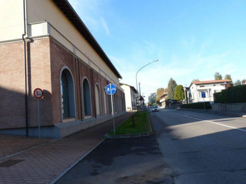 Negozio / Locale in vendita a Fagnano Olona, 2 locali, prezzo € 172.000 | PortaleAgenzieImmobiliari.it