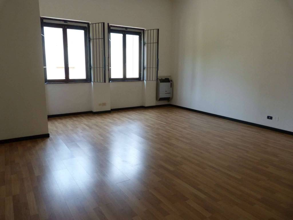 Ufficio / Studio in affitto a Cassina Rizzardi, 2 locali, prezzo € 720 | CambioCasa.it