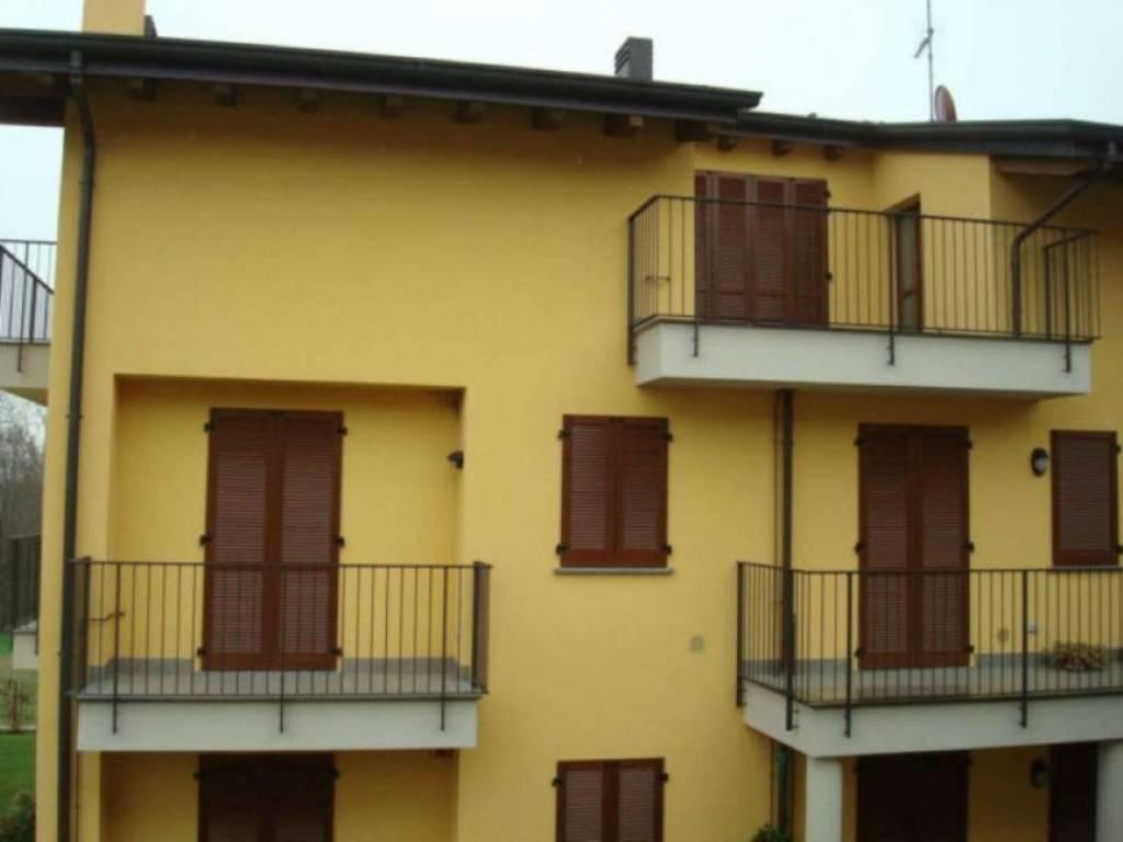 Appartamento in vendita a Lambrugo, 4 locali, Trattative riservate | CambioCasa.it