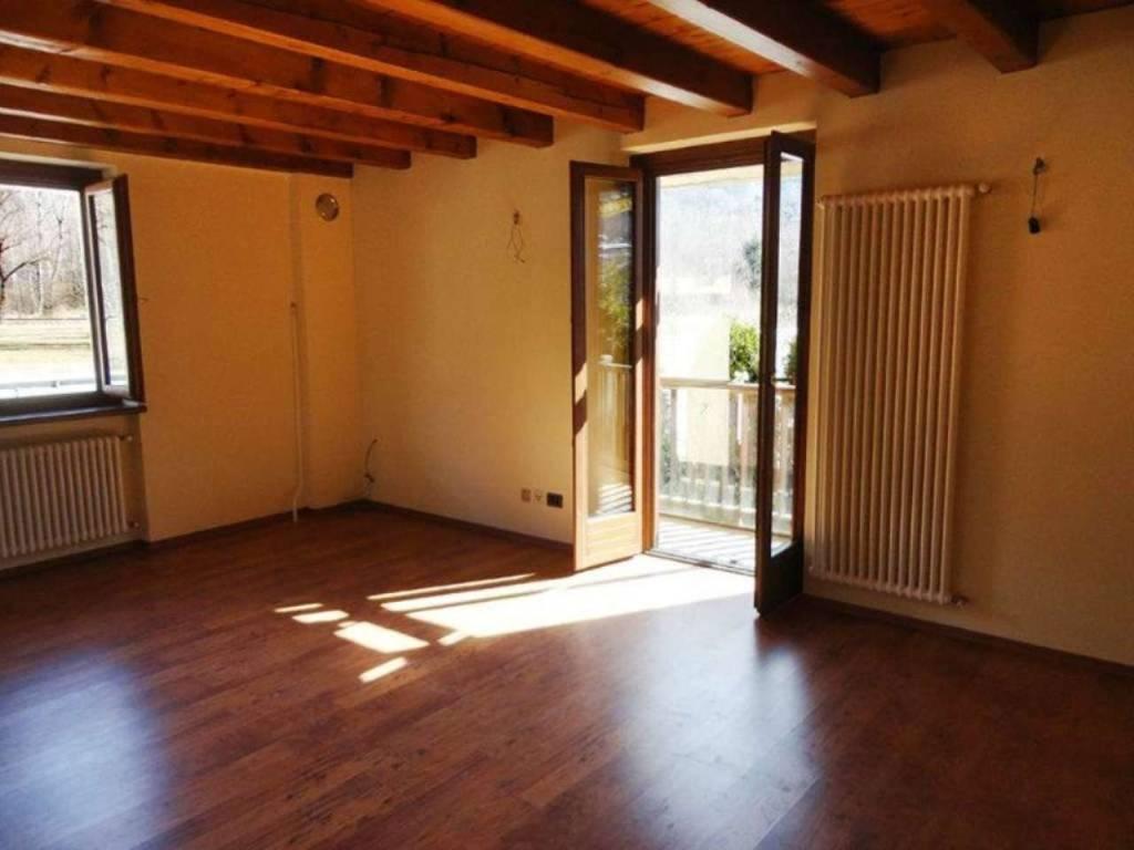 Morgex - Marais: soleggiato bilocale con balcone e posto auto