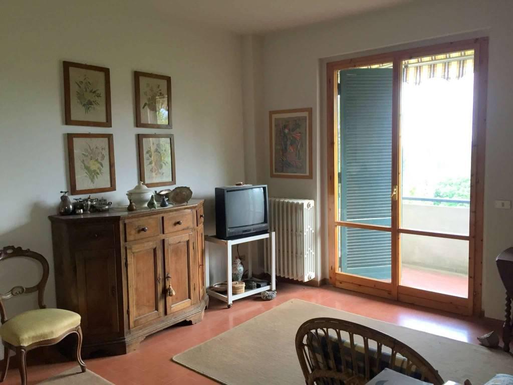 Appartamento in Vendita a Vaglia Periferia: 5 locali, 100 mq