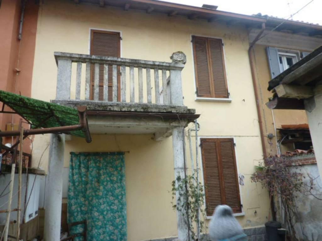 Soluzione Indipendente in vendita a Garlasco, 6 locali, prezzo € 99.000   CambioCasa.it