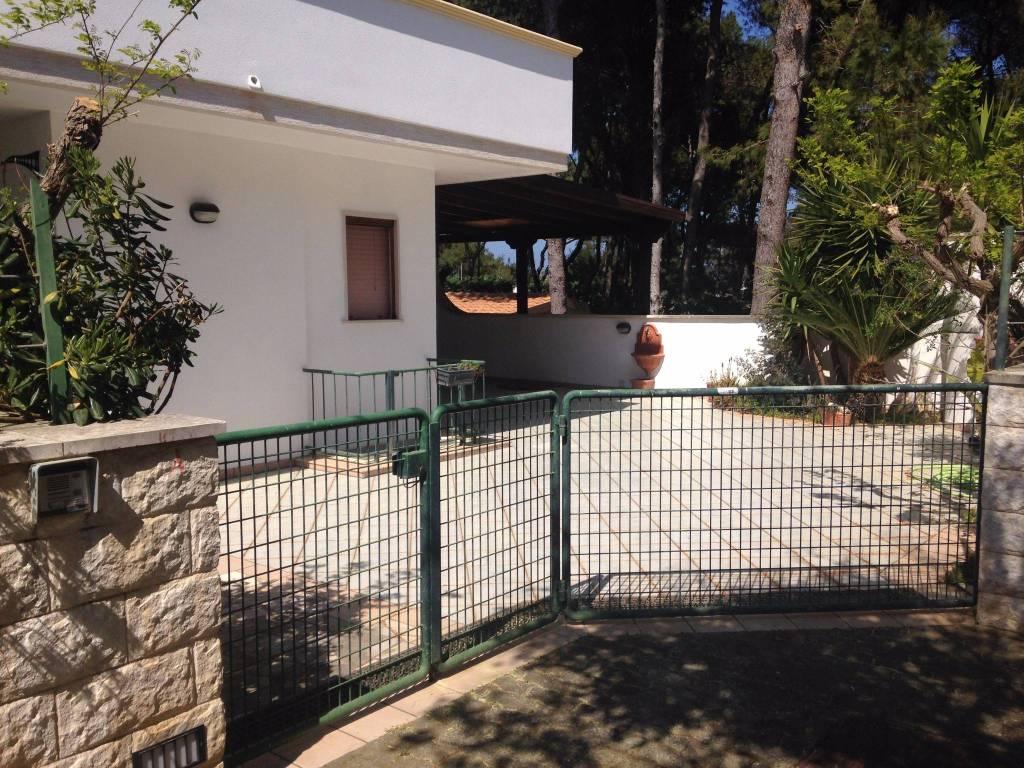 Villa in ottime condizioni arredato in vendita Rif. 8187133