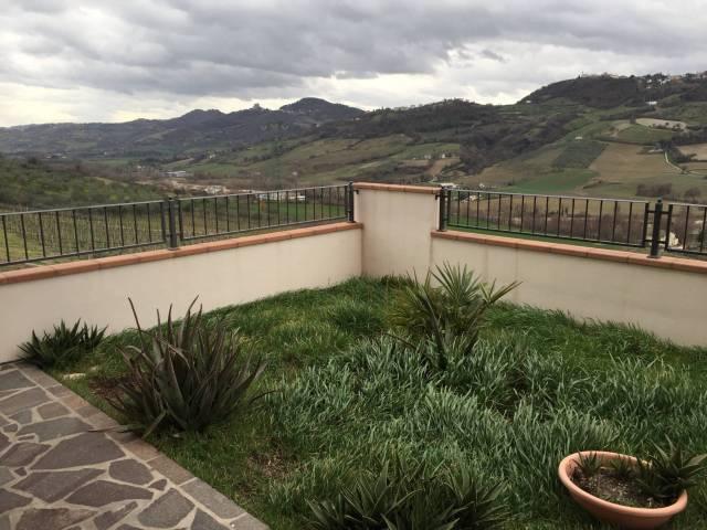 Appartamento in affitto a Monte Colombo, 2 locali, prezzo € 550 | Cambio Casa.it