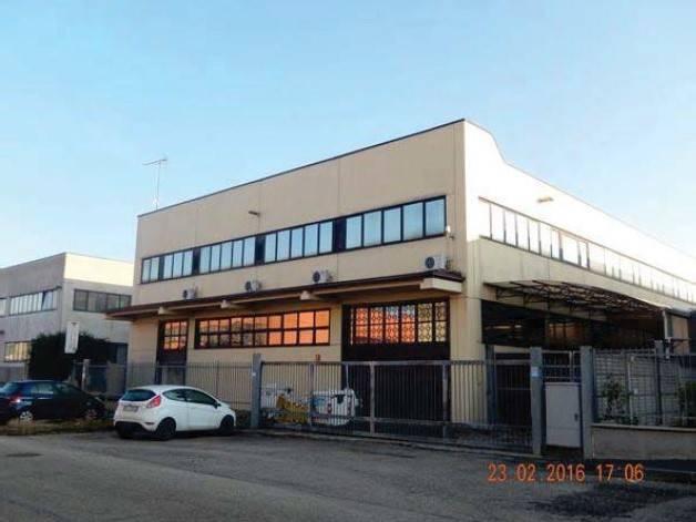 Capannone in vendita a Rivalta di Torino, 1 locali, prezzo € 280.000 | Cambio Casa.it