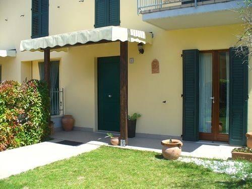 Appartamento in ottime condizioni arredato in vendita Rif. 4231037