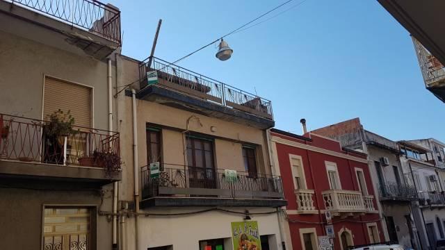 Casa Indipendente in Vendita a Roccalumera
