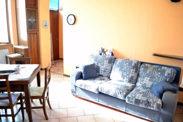 Bilocale Pregnana Milanese Via Roma 8