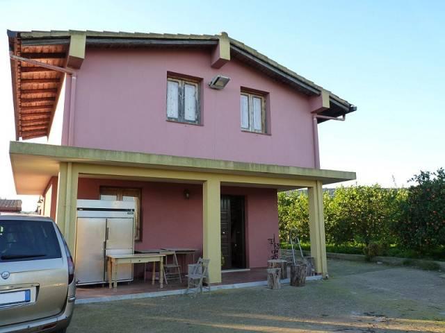 Villetta con agrumeto area Floridia Rif. 4597606