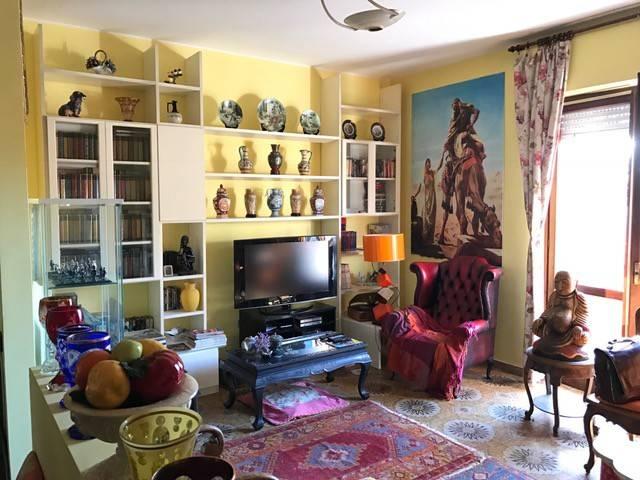 Appartamento in buone condizioni in vendita Rif. 4473682
