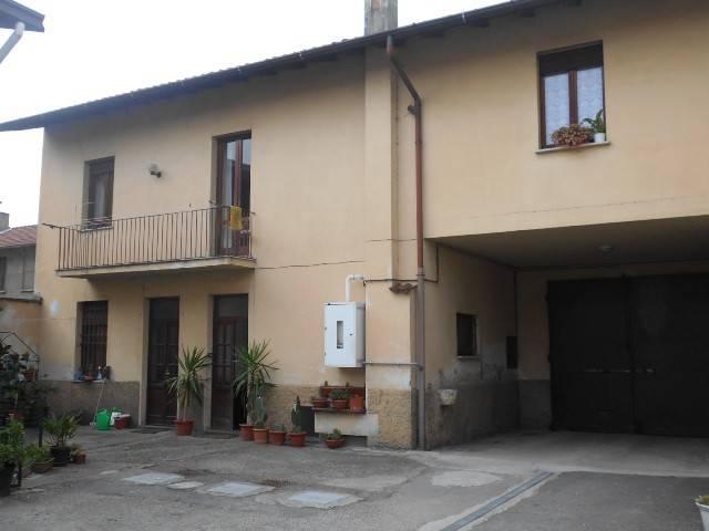 Palazzo / Stabile in vendita a Turbigo, 6 locali, prezzo € 289.000 | CambioCasa.it