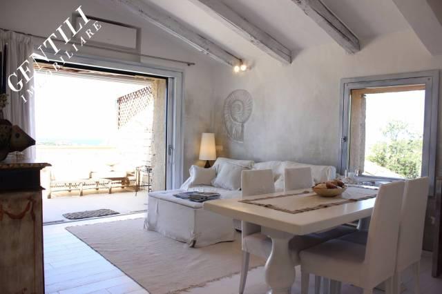 Attico / Mansarda in vendita a Arzachena - Porto Cervo, 4 locali, prezzo € 680.000 | Cambio Casa.it