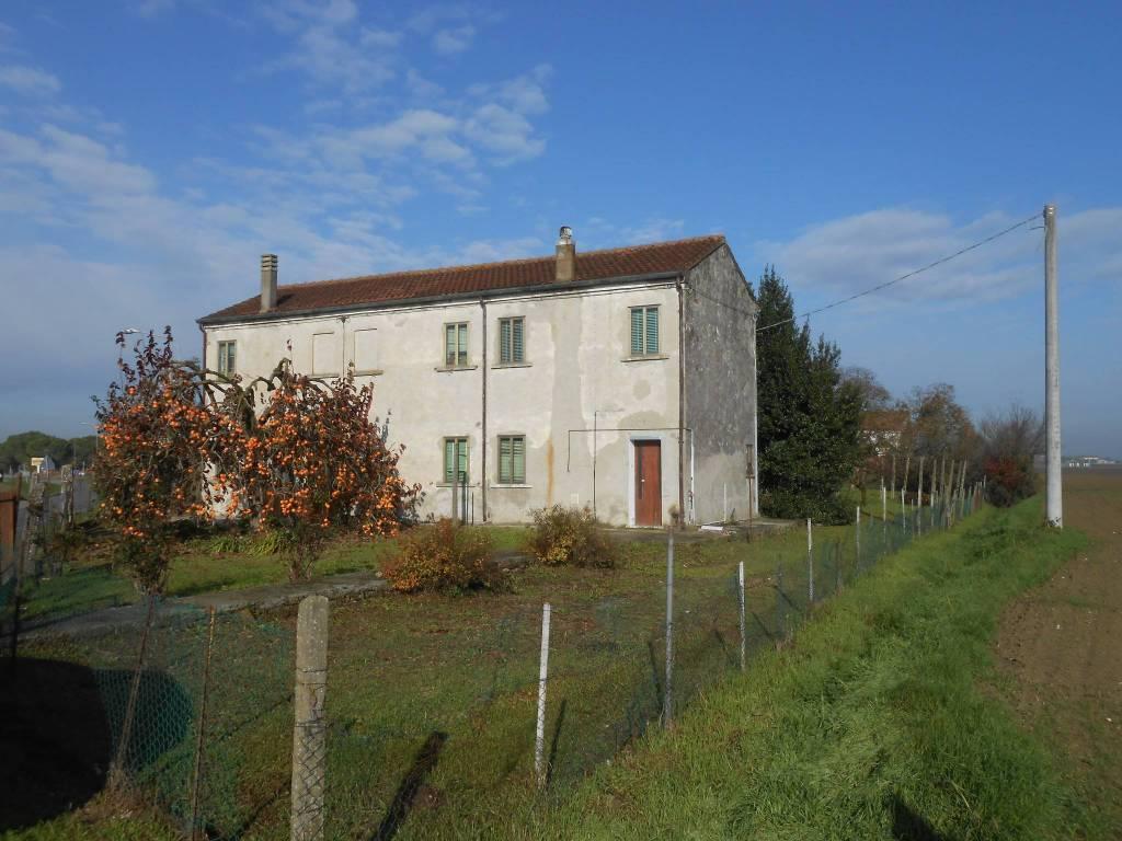 Casa Indipendente da ristrutturare in vendita Rif. 4261130