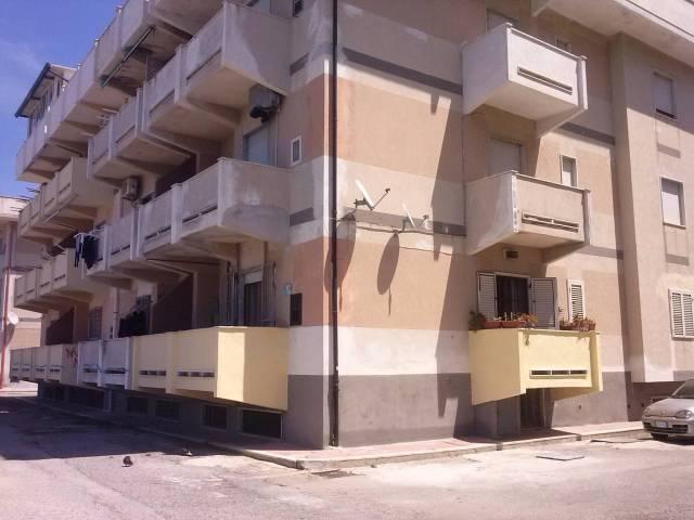 Appartamento in ottime condizioni arredato in affitto Rif. 4390173