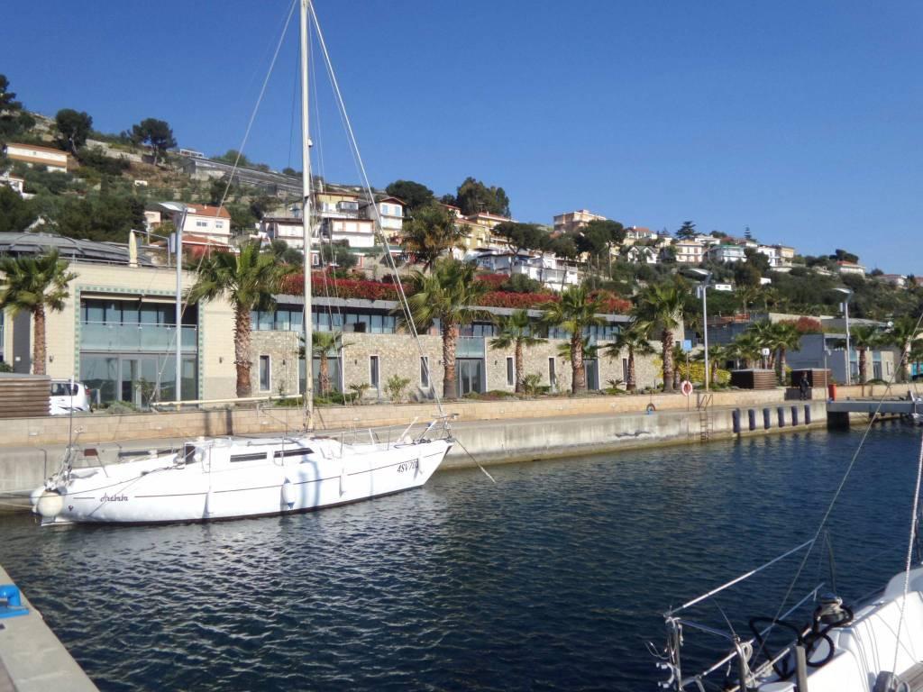 Appartamento in vendita a San Lorenzo al Mare, 3 locali, prezzo € 245.000 | CambioCasa.it