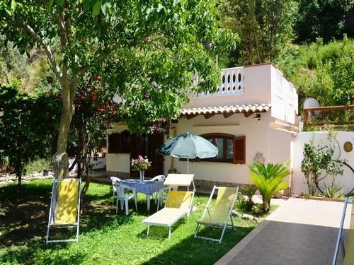 Villa arredato in affitto Rif. 4390174