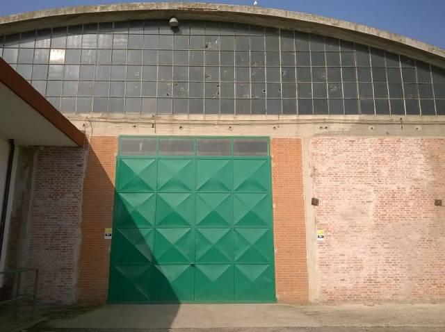 Magazzino in affitto a Vinovo, 1 locali, Trattative riservate | CambioCasa.it