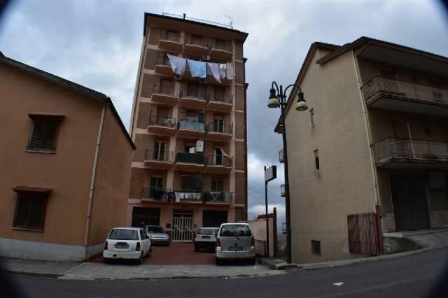 Appartamento in buone condizioni in vendita Rif. 4943065