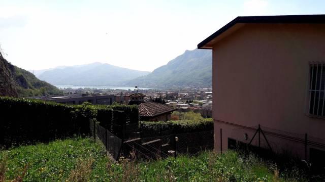Villa in vendita a Lecco, 6 locali, prezzo € 430.000 | Cambio Casa.it