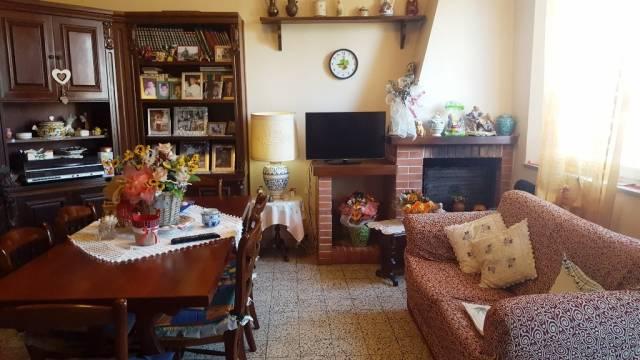 Appartamento in buone condizioni parzialmente arredato in vendita Rif. 5538089