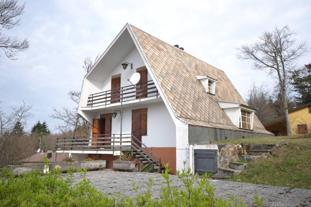 Villa in Vendita a San Benedetto Val Di Sambro Periferia: 5 locali, 222 mq