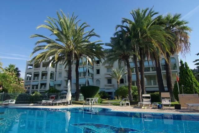 Appartamento in affitto a Bordighera, 4 locali, prezzo € 1.000   CambioCasa.it