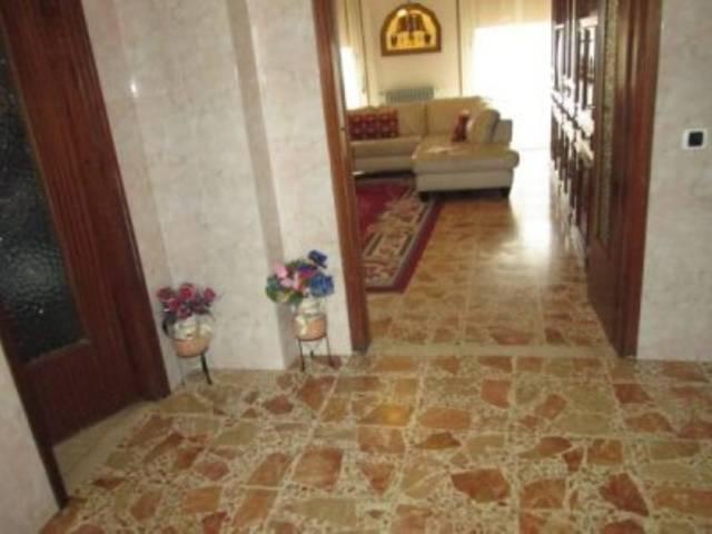 Appartamento in vendita a Goito, 5 locali, prezzo € 80.000 | Cambio Casa.it
