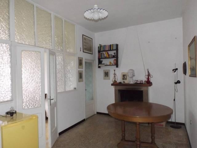 Appartamento in buone condizioni in vendita Rif. 4481844