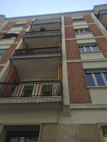 Appartamento in affitto a Pinerolo, 2 locali, prezzo € 300 | Cambio Casa.it