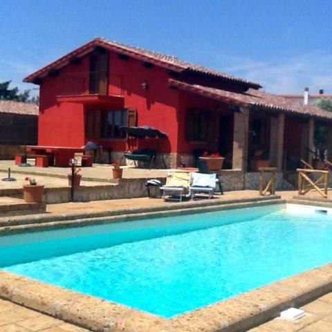Capalbio. Villa con dependance e piscina