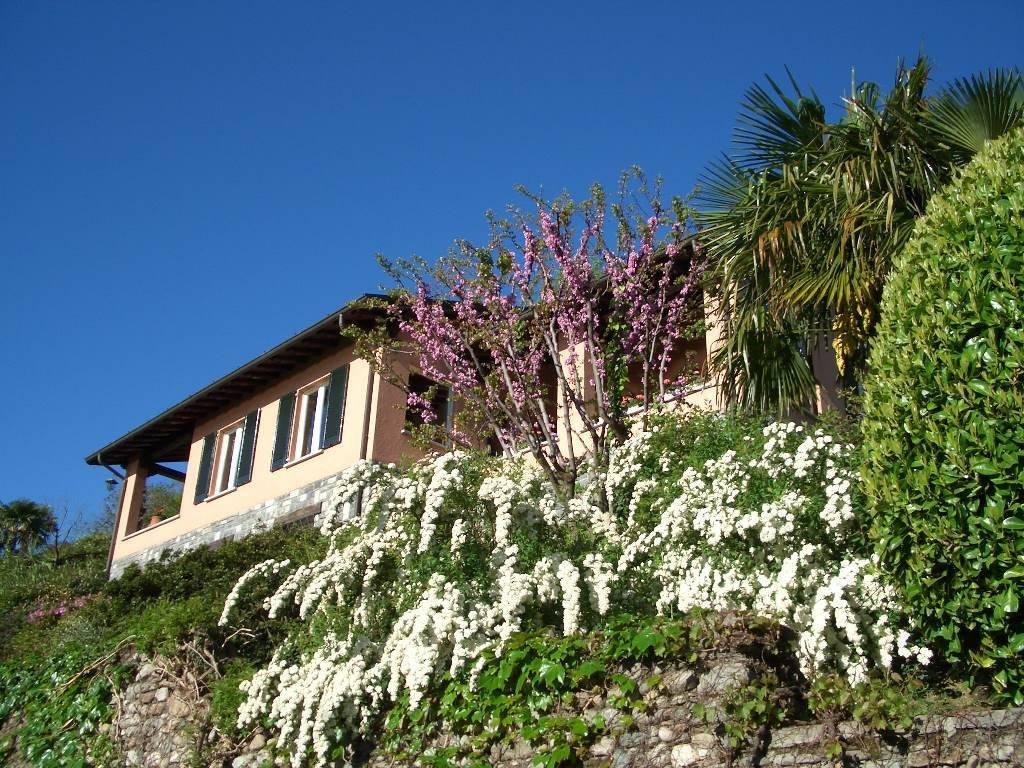Villa in vendita a Griante, 8 locali, Trattative riservate | PortaleAgenzieImmobiliari.it