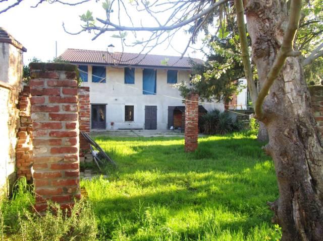 Sant'Antonino di Saluggia - Casa indipendente con giardino